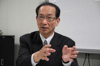 早稲田大学マニフェスト研究所所長の北川正恭早大大学院教授