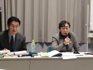 荘保氏からは、地域のネットワークを活用した支援の実態が語られた。(筆者提供)