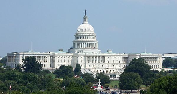 ワシントンD.C.に建つアメリカ合衆国国会議事堂