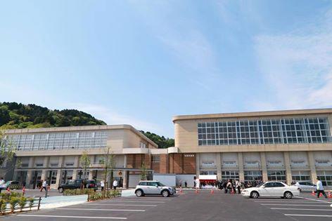 (写真)氷見市新庁舎