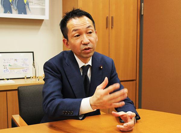 写真1 福田峰之衆議院議員