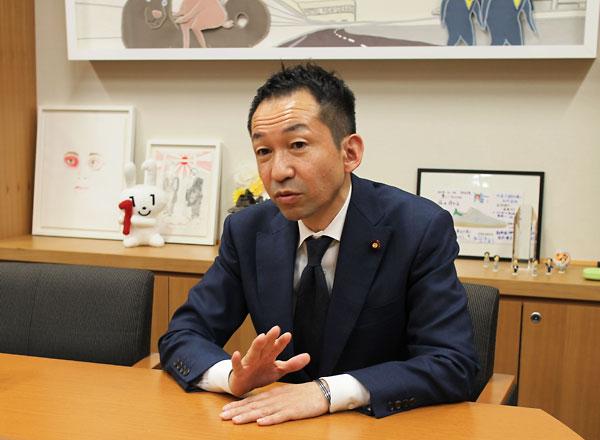 写真2 福田峰之衆議院議員