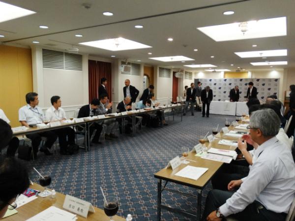江戸川区自殺防止連絡協議会の第1回会合を開催