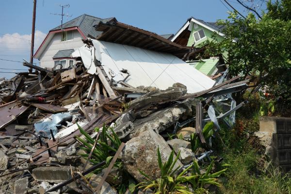 熊本県益城町の損壊家屋(8月21日撮影)