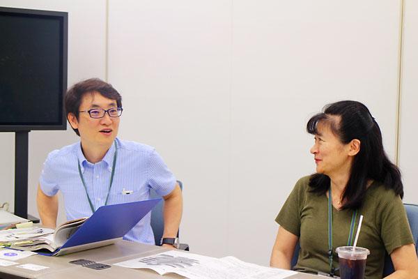 武藤正浩さん(左)と袖山啓子さん