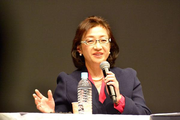 対馬ルリ子氏(NPO法人女性医療ネットワーク理事長)