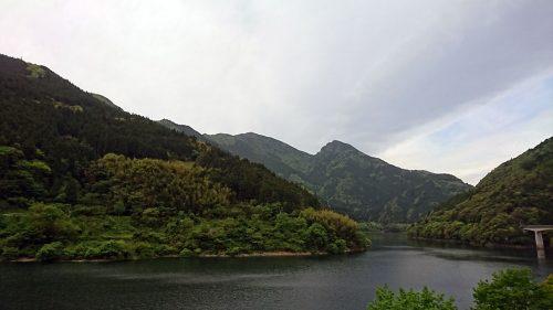 大川村の山々と早明浦ダム