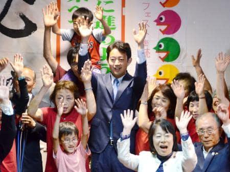 千葉市長に熊谷氏3選 大差で共産推薦の新人破る