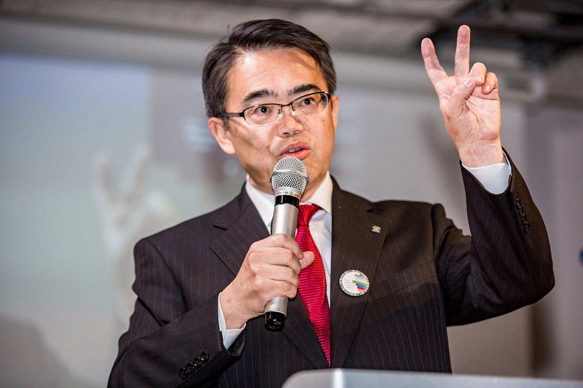 「デジタル憲法フォーラム」に登壇した大村知事(写真撮影:藤井翔)