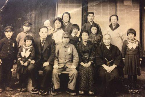 満州へ旅立つ前に撮影された家族写真