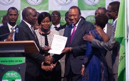 ケニア大統領選、現職再選 野党は不正主張、暴動懸念