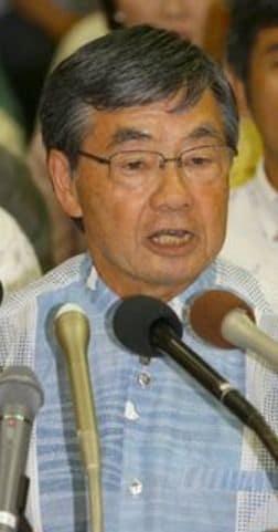 稲嶺氏が出馬表明 「新基地造らせない」 来年2月の名護市長選