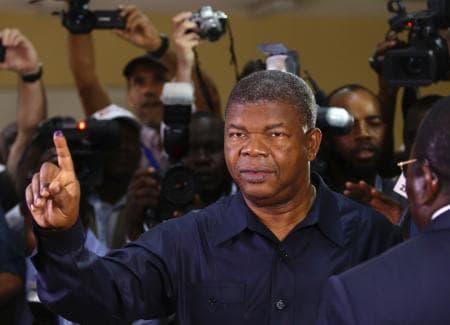 アンゴラ議会選で与党圧勝 国防相が新大統領就任へ