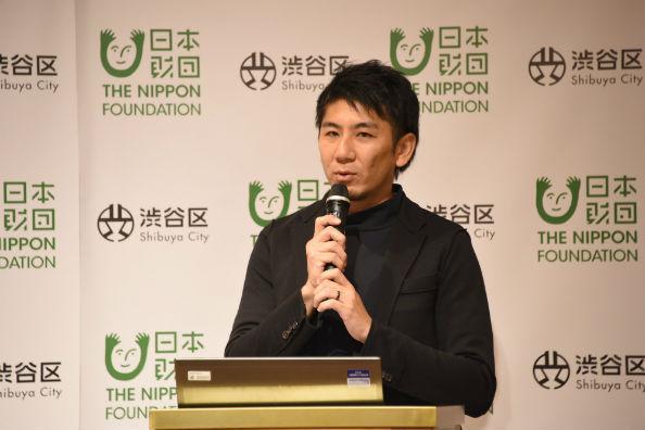 事業構想を説明する金山淳吾プロジェクトデザイナー