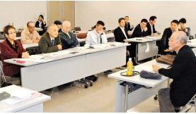 県民投票「知事選同日に」 沖縄・辺野古是非問う 県政与党検討
