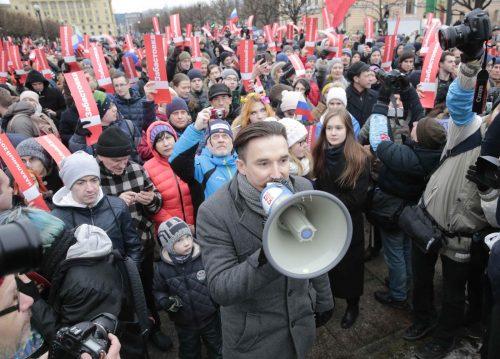 ロシア大統領選ボイコットを 全土デモ、野党指導者拘束
