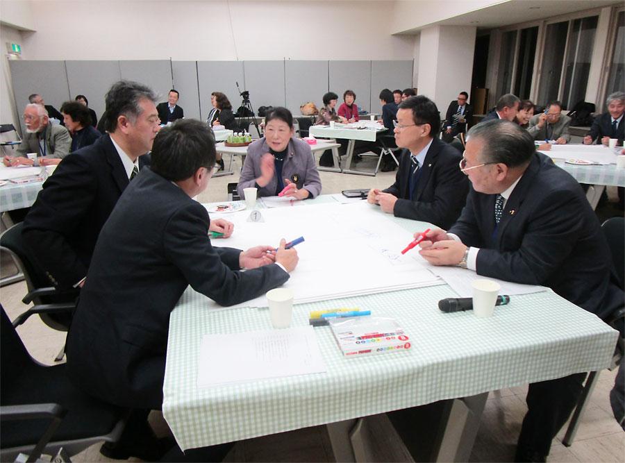 第69回 ワールドカフェでパブリックコメントを!~青森県三沢市議会の実践から地方議会でのワールドカフェ活用を考える