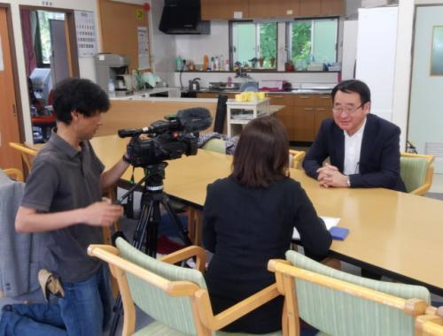 ソーシャルハーツの活動は、NHK総合テレビの番組でも紹介された