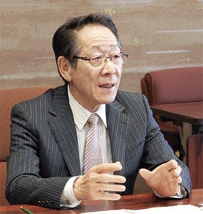 小野澤町長が出馬表明 中学給食や新拠点で続投意欲/愛川町 愛川町・清川村