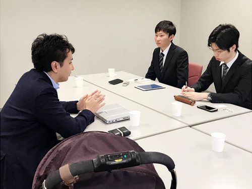 東京都議会議員 後藤なみさんの夫:中島晃一郎さん(左)