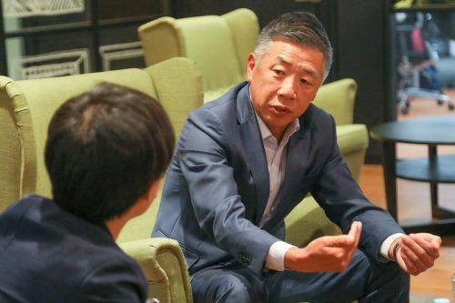 サービス業全体を見据え、働き方改革の重要性を熱く語るマルハン・韓社長
