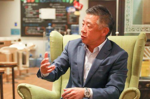改革を推進するリーダーにとって、大胆な舵取りの決断は難題。韓社長は青野社長の「そのとき」に切り込んだ