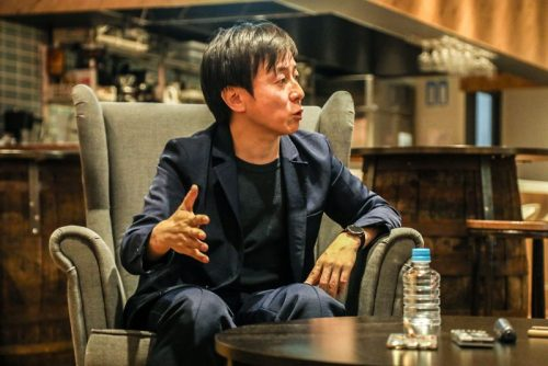 率先垂範で働き方改革を推進した理由を語る青野社長