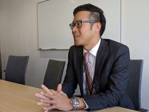 オフサイトミーティングの現状を語る吉田氏