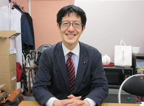 石坂わたる 中野区議会議員