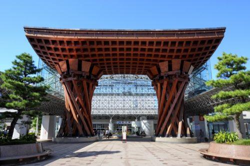金沢駅 鼓門(つづみもん)