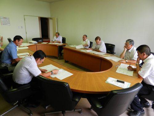 六戸町議会の全員協議会での評価の様子