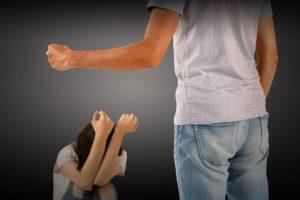 """6人に1人が体罰を経験、3分の2は""""しつけ""""として容認せず―18歳意識調査"""