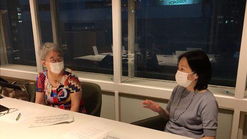 奥村理事長(左)と日本財団公益事業部 高橋恵里子部長